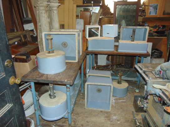Antique Pottery Basin Sinks